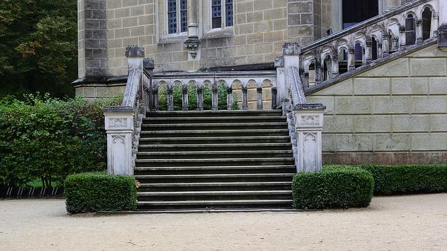 schody do zámku