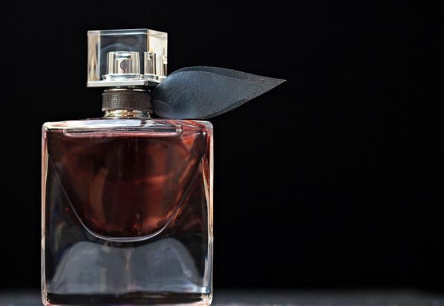 Jak vybírat dámské parfémy